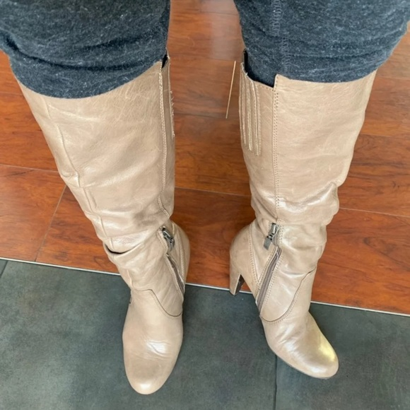 cfc39a94f5de Guess Shoes | Womens Gray Leather Tall Boots Sz 6 | Poshmark